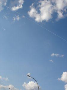 Himmel südlich des Lehrter Hauptbahnhofes in Berlin. Foto: Marbot. Lizenz: CC-BY-SA-3.0